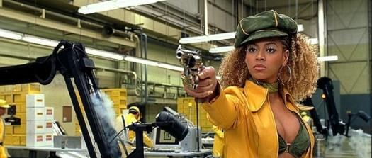 Watch Jay-Z Rush to Beyoncés Defense at Diddys Birthday