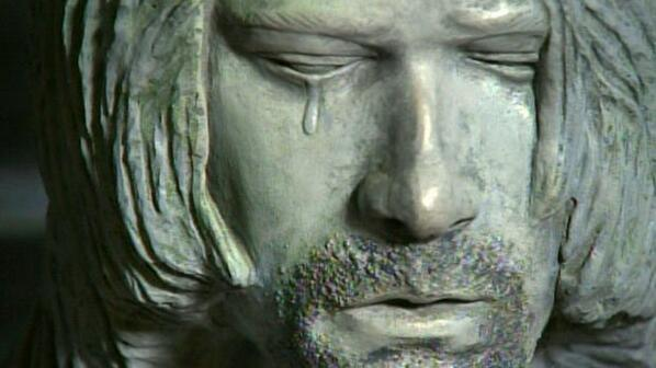 Kurt cobain statue crying