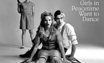 Belle & Sebastian – Girls In Peacetime Want To Dance