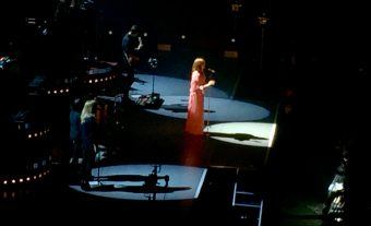 Out of the Pit: Florence Welch in Vienna